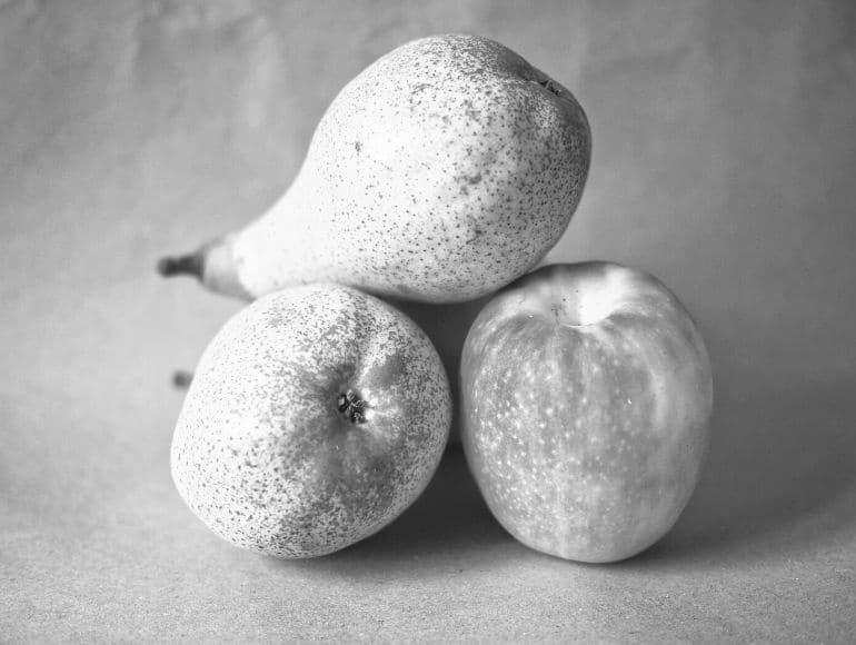 Von Äpfeln und Birnen: Warum die Arbeitgebermarke nicht die Aufgaben der Unternehmensmarke übernehmen darf.